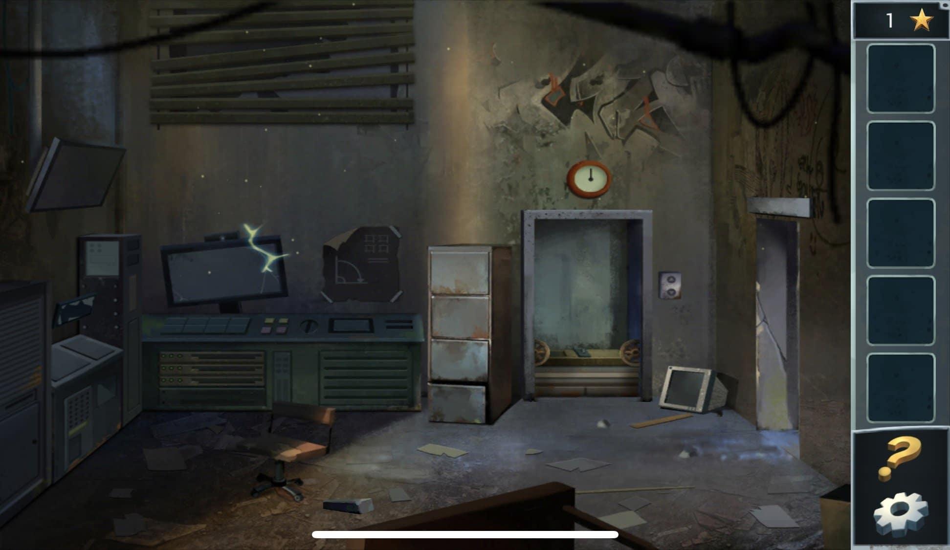 Здесь Вы увидите искрящуюся технику, бейте по компьютеру пока он не взорвется. Далее, подберите снизу кирпич и вернитесь в комнату с генератором, там разбейте с помощью кирпича стекло и возьмите огнетушитель. Вернувшись в техническую комнату, потушите огнетушителем пожар. Воспользуйтесь плоскогубцами, чтобы откусить ими проволоку, лежащую снизу. При помощи проволоки поднимитесь по лифтовой шахте на верхний этаж.
