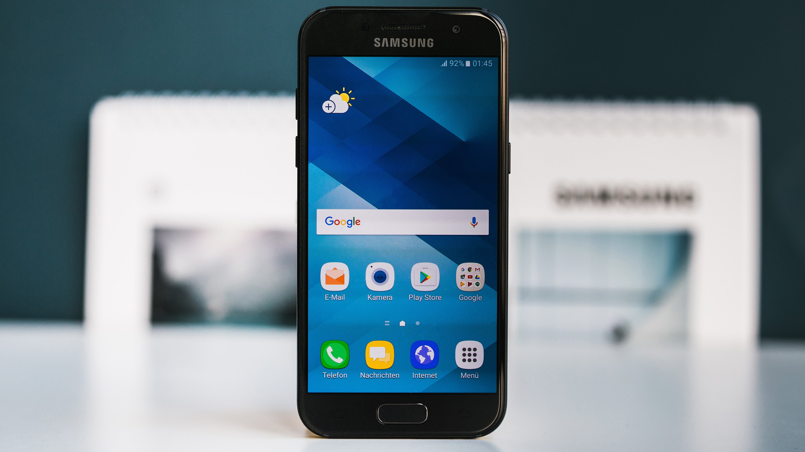 Samsung Galaxy A3 Design